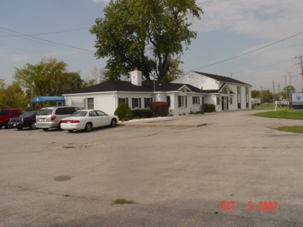 Listing Image #1 - Office for sale at 2085 Midland Road, Saginaw MI 48603
