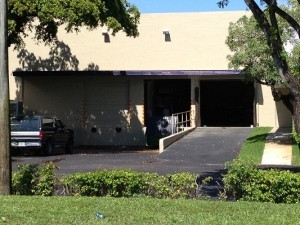 Listing Image #3 - Industrial for sale at 1721 Blount Rd, Pompano Beach FL 33069