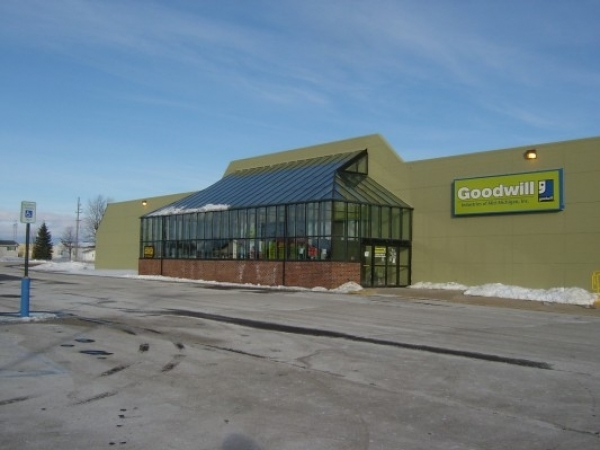 Listing Image #1 - Retail for sale at 780 N. Vandyke, Bad Axe MI 48413
