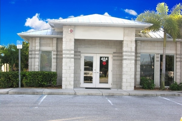 Listing Image #1 - Office for sale at 454 South Tamiami Trail, Osprey FL 34229