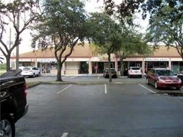 Listing Image #1 - Retail for sale at 4040 SW 69TH AVE, MIRAMAR FL 33023