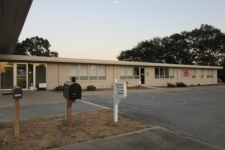 Listing Image #1 - Office for sale at 1009 Lay Dam Road, Clanton AL 35045
