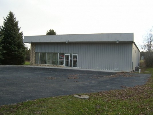 Listing Image #1 - Retail for sale at 7463 W. Houghton Lake Drive, Houghton Lake MI 48629