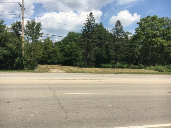 Listing Image #1 - Land for sale at 30W340 Roosevelt Rd, West Chicago IL 60185