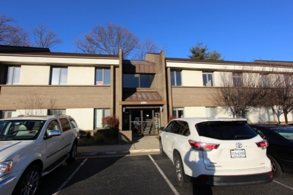 Listing Image #1 - Office for sale at 8304 D Old Courthouse Rd, Vienna VA 22182