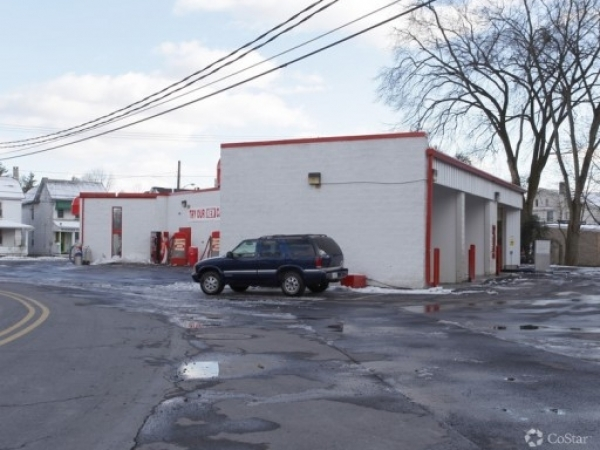 Listing Image #2 - Business for sale at 385 N. Courtland Street, East Stroudsburg PA 18301