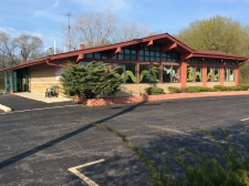 Retail for sale in Mundelein, IL