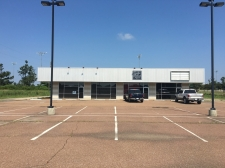 Listing Image #1 - Shopping Center for sale at 3669 Hwy 61 North, Tunica MS 38676