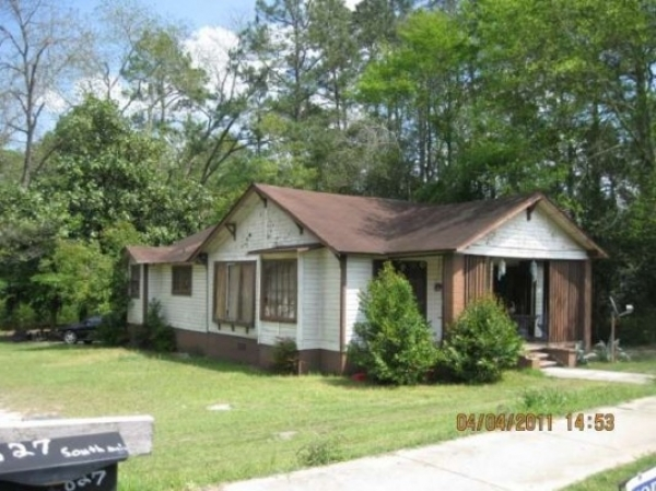 Listing Image #2 - Multi-family for sale at 631 Main St, Ashburn GA 31714