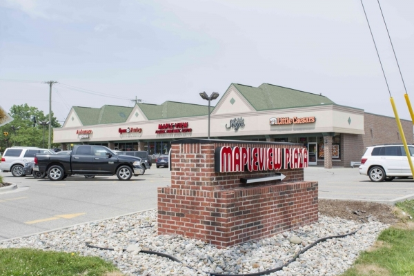 Listing Image #1 - Retail for sale at 6078 - 6096 West Maple Street, West Bloomfield MI 48322