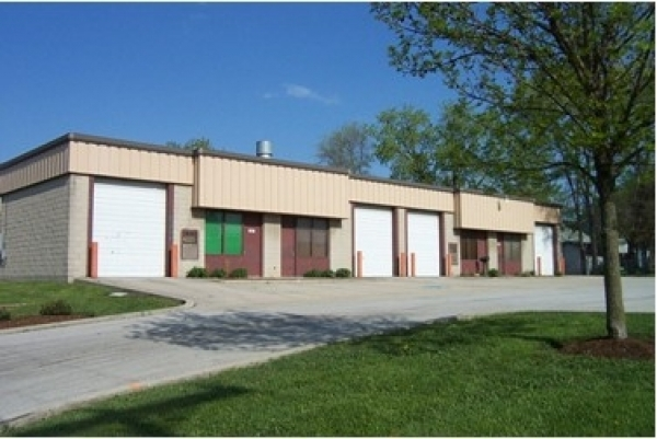 Listing Image #1 - Industrial for sale at 1007 Sill Ave, Aurora IL 60506