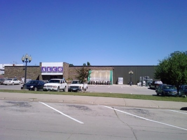 Listing Image #1 - Retail for sale at 108 NE 3rd St., Leon  IA 50144