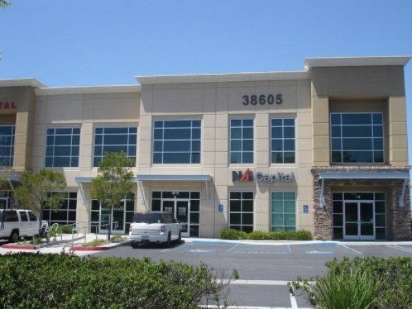 Listing Image #1 - Office for sale at 38605 Calistoga Dr Suite c4, Murrieta CA 92563