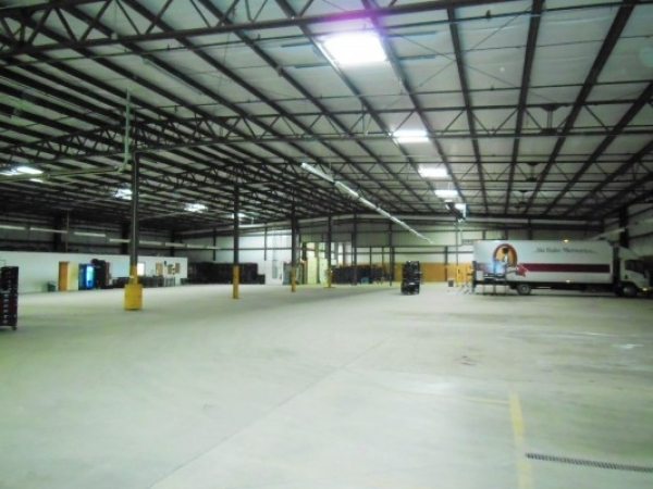 Listing Image #1 - Industrial for sale at 500 East Ridge Road, Griffith IN 46319