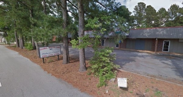 Listing Image #1 - Office for sale at 200 Omer Bond St, Royston GA 30662