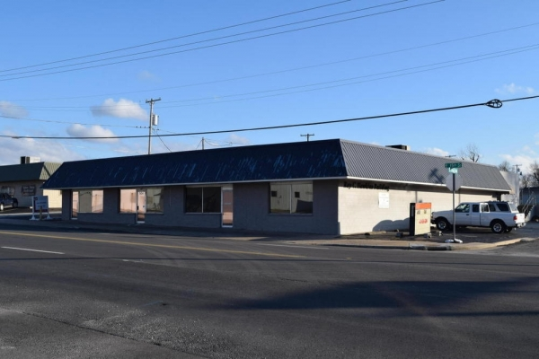 Listing Image #1 - Office for sale at 904 E 15th Street, Joplin MO 64801