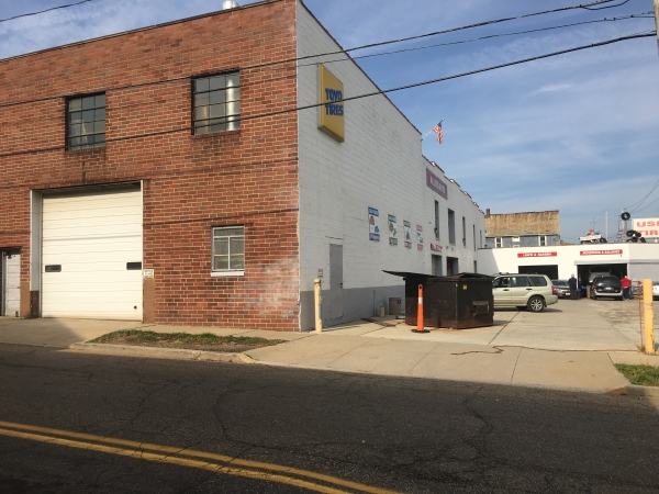 Listing Image #1 - Industrial for sale at 384 S Arlington Street, Akron OH 44306