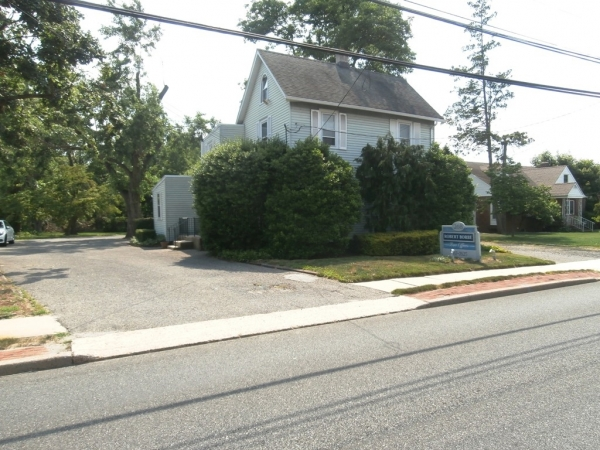 Listing Image #1 - Office for sale at 268 White Horse Pike, Berlin NJ 08009