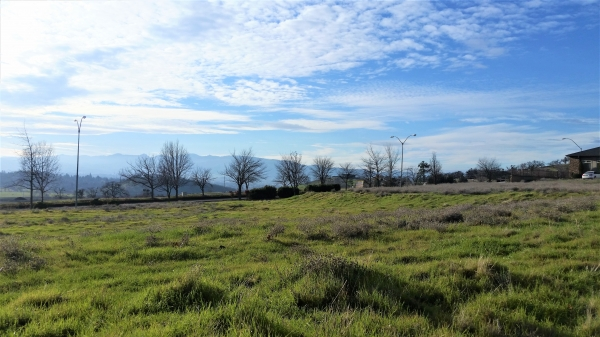 Listing Image #1 - Land for sale at 4467 Brownridge Terrace, Medford OR 97504