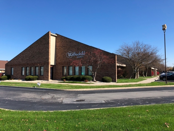 Listing Image #1 - Office for sale at 8953-8967 Broadway, Merrillville IN 46410