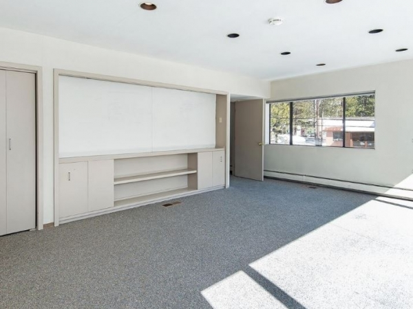 Listing Image #10 - Office for sale at 894 Incline Way, Incline Village NV 89451