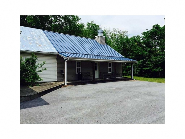 Listing Image #1 - Retail for sale at 725 Carolina Rd, Suffolk VA 23434