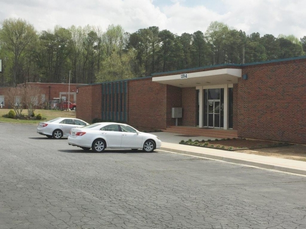 Listing Image #1 - Office for sale at 1311 Fulton Industrial Blvd, Atlanta GA 30336