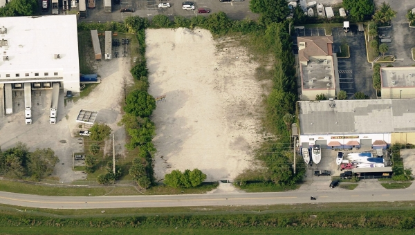 Listing Image #1 - Land for sale at 2401 SW 31 St, Fort Lauderdale FL 33312